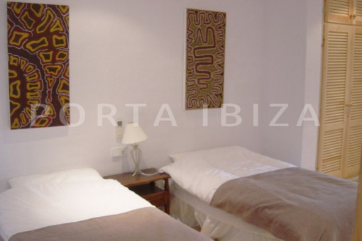 bedroom2-cala moli-spacious villa-sea views