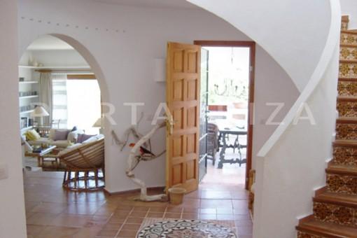 living-cala moli-spacious villa-sea views