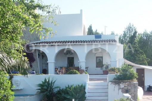 terrace-cala moli-spacious villa-sea views