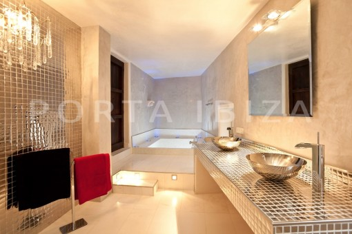 luxury-bathroom-Ibiza-villa
