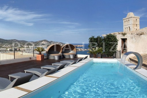 pool-terrace-villa-Ibiza-view