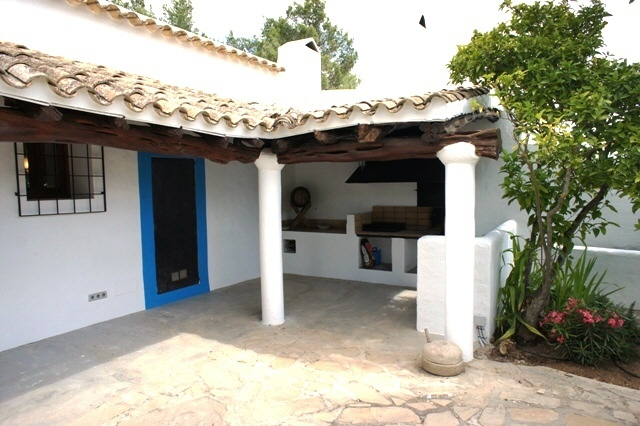 Beautiful finca near San Lorenzo with rental license