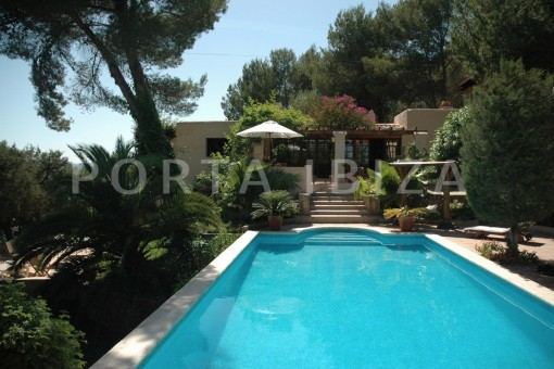 Beautiful, well maintained villa located near Santa Gertrudis