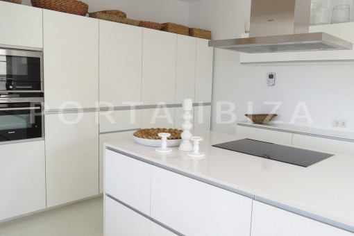 kitchen-luxury property-fantastic sea views-sunset views-cala tarida