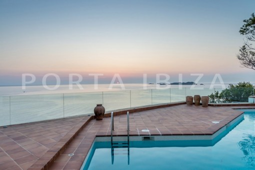 Designer Villa in first line with sunset views in Cala Moli and existing rebuilding project