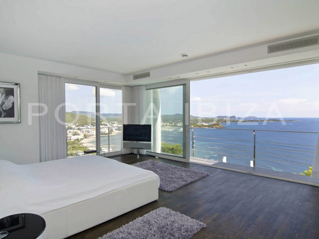 bedroom-marvelous seaview