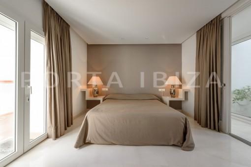 bedroom1-unique property-private sea access-fabulous views
