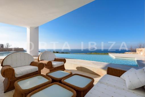 chillout-unique property-private sea access-fabulous views