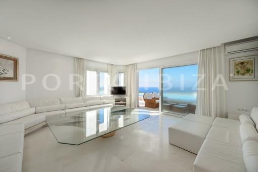 livingroom-unique property-private sea access-fabulous views