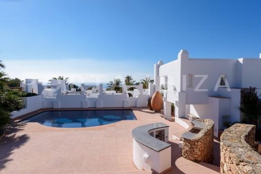 second pool-unique property-fabulous views