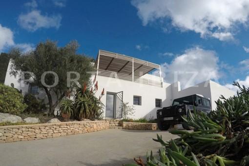 wonderful modern villa-magnificent setting-Na Xamena
