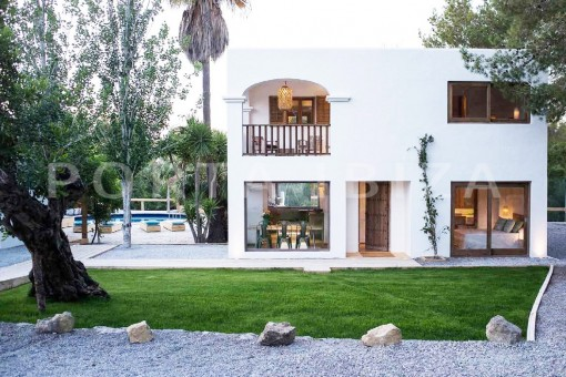 mediterranean garden-wonderful villa-San José