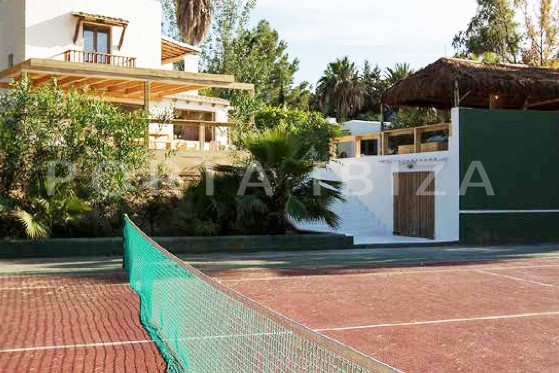tennis court-wonderful villa-San José-mediterranean garden