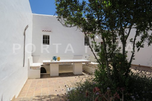 chillout-high quality country house-Es Cubells-fabulous landscape views