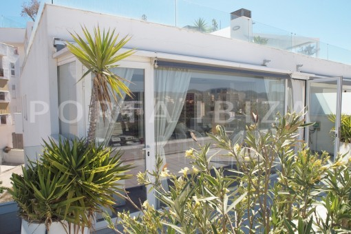 terrace-well maintained apartment-fantastic sea and sunset view