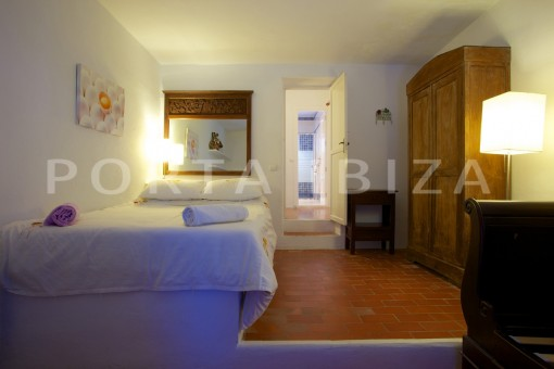 apartment bedroom-party and retreat house-close to ibiza
