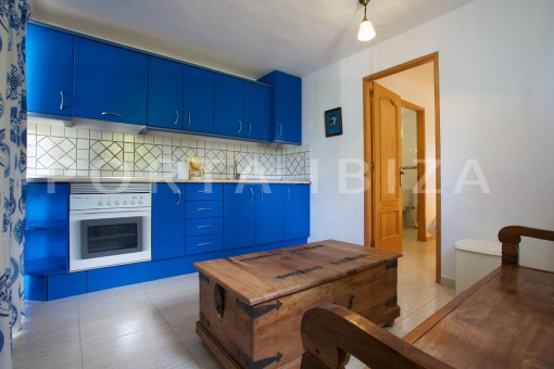 apartment kitchen-party and retreat house-close to ibiza