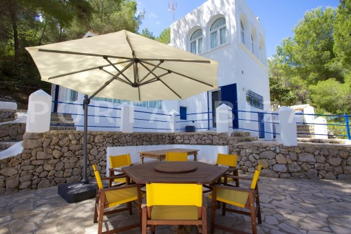 terrace dinner-party and retreat house-close to ibiza