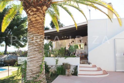 terrace-beautiful house at Sa Carroca