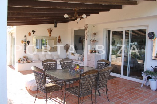 terrace dinner-beautiful house at Sa Carroca