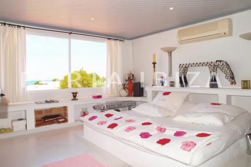 bedroom-charming house-Cala Codolar-views to Es Vedra