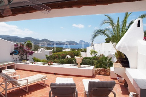terrace view-charming house-Cala Codolar-views to Es Vedra