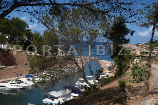 Charming apartment in Coralmar with a...