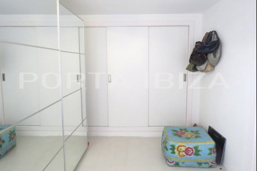 apartment figueretas bedroom