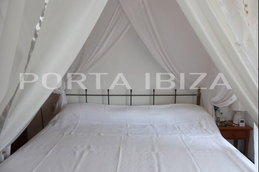 cala tarida bedroom villa