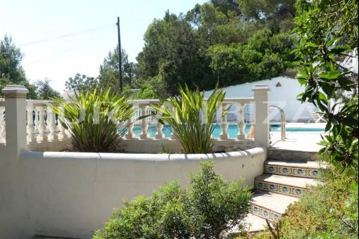 tarida villa garden