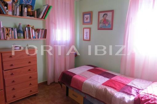 house cala vadella second bedroom