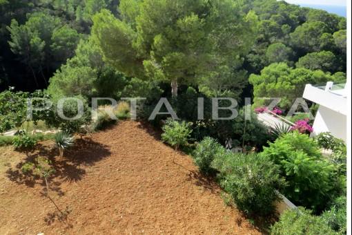 house garden cala vadella