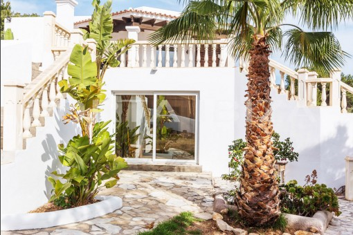 access groundfloor cala carbo villa