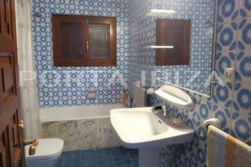 san augstin bathreoom house