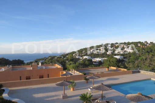 apartment cala carbo pool view