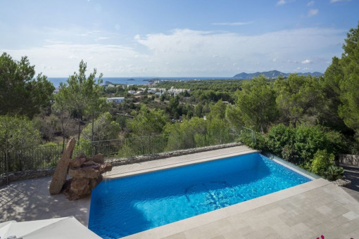 Villa in height with fantastic sea views from Santa Eulalia to San Carlos