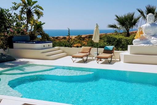 Splendid sea views of the villa