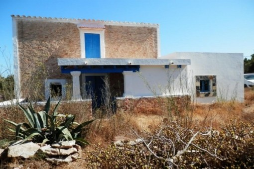 Old country house in Formentera requiring renovation