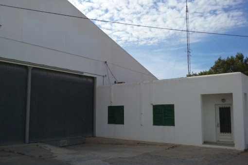 Large industrial Hall in Sant Antoni de Portmany