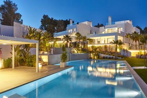 Beautiful 5 bedroom villa just a few meters from Cala Llenya beach
